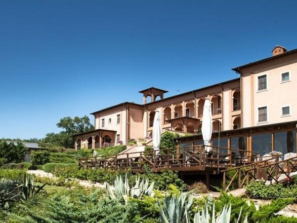 saturnia tuscany slider