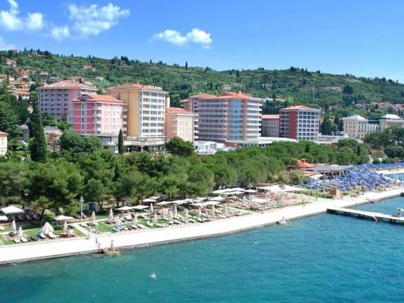 viaggi preziosi lifeclass hotel riviera slider