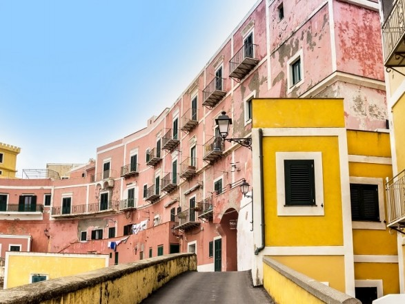 viaggi preziosi ventotene appartamenti
