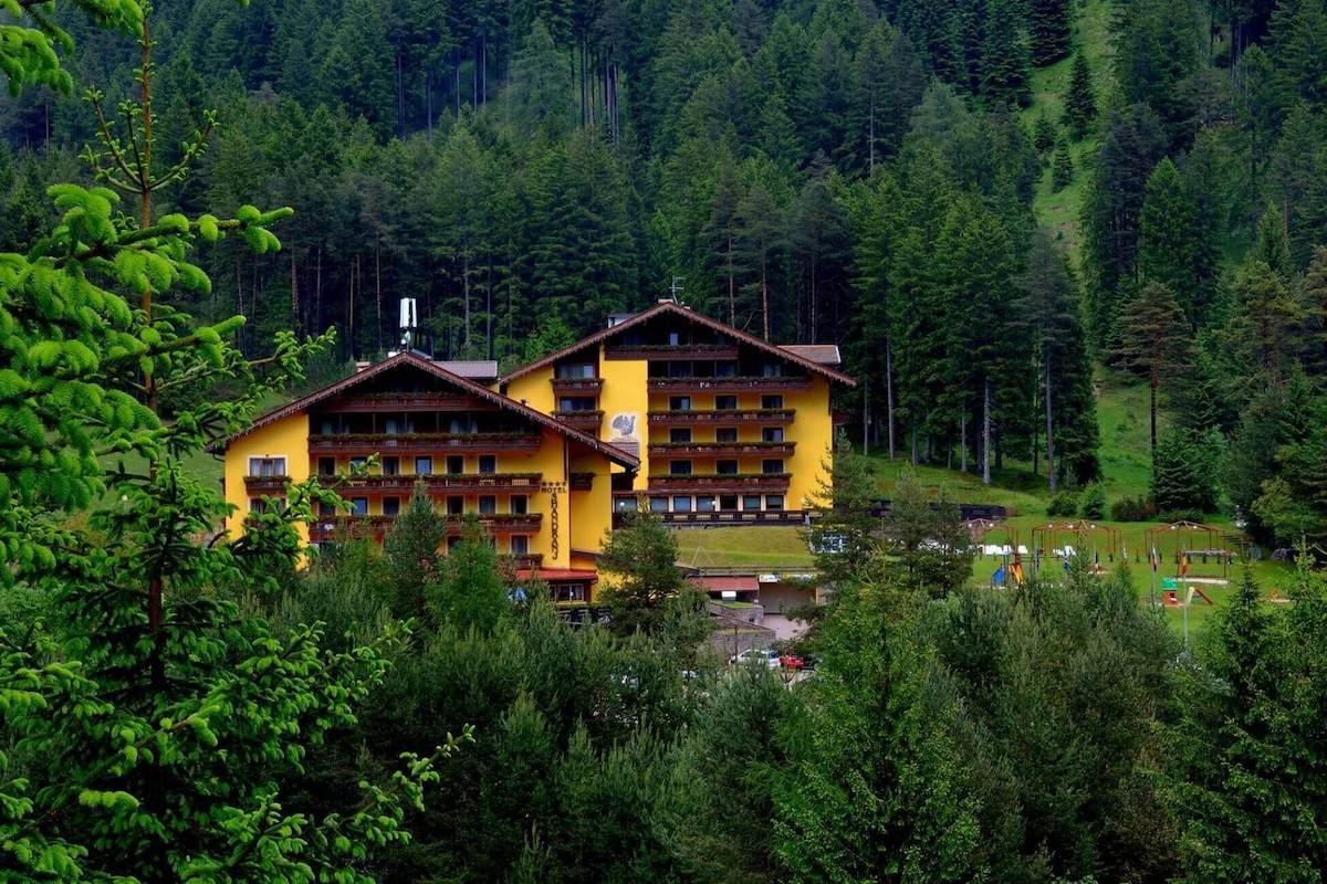 Hotel Shandranj – Active, Family & Wellness
