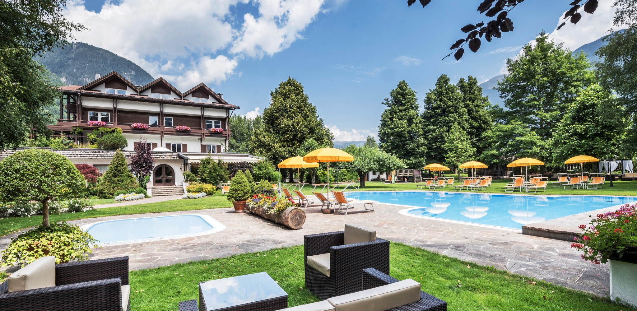 Travel Precious Hotel Windschar