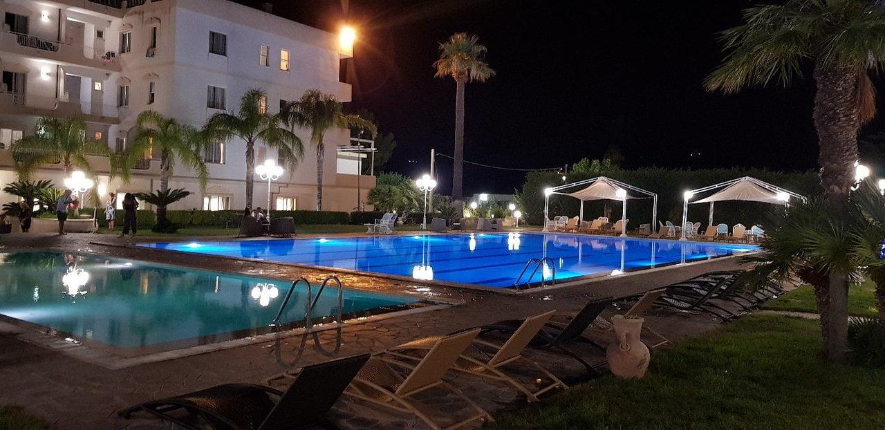 Hotel Kennedy Club