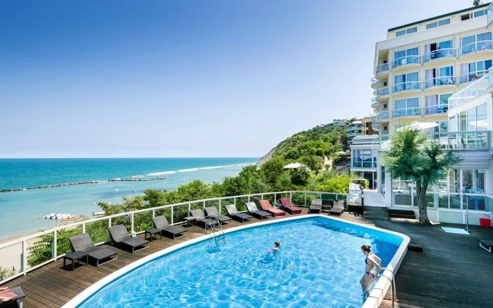 Read more about the article Sans Souci hotels